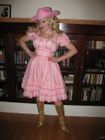 Laurel as Dolly Parton 2010