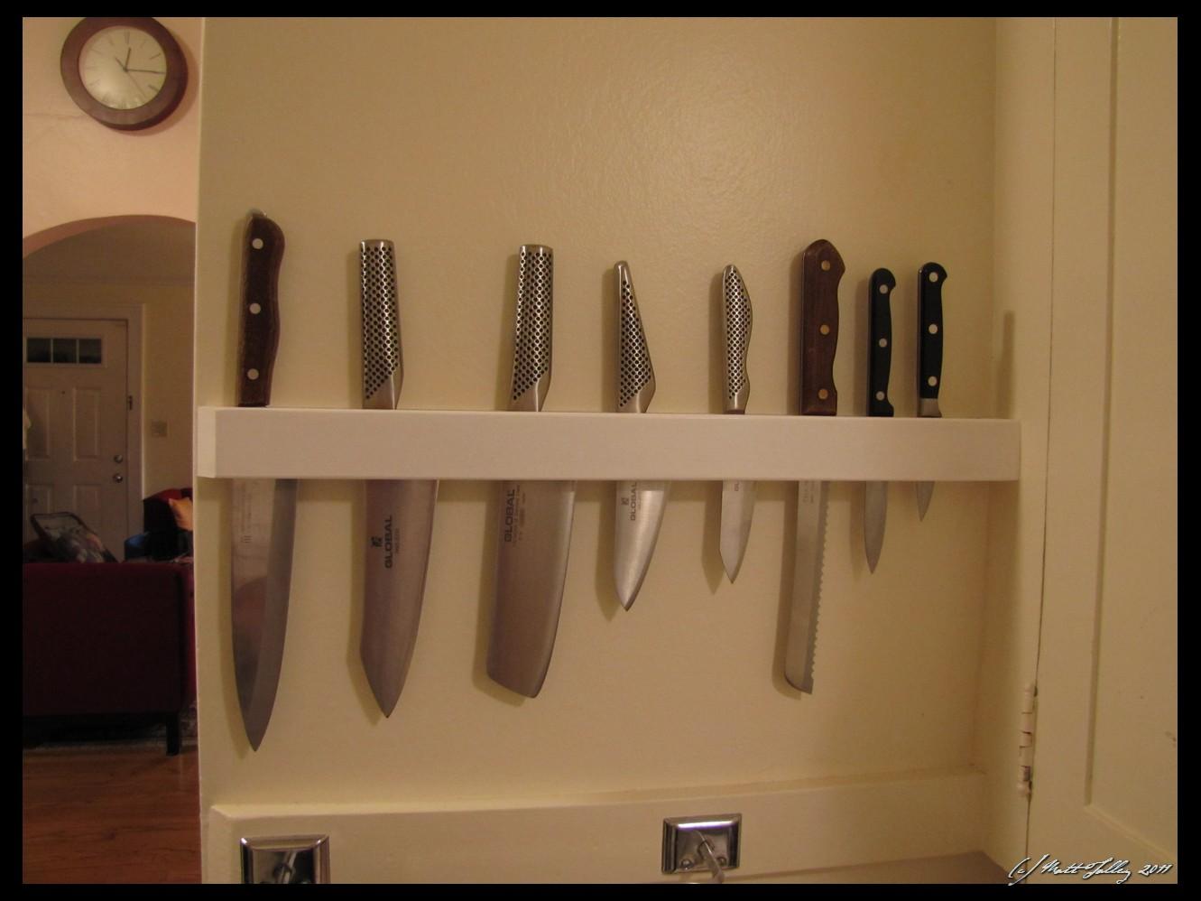 Kitchen Knife Holders. Kitchen Knife Holders